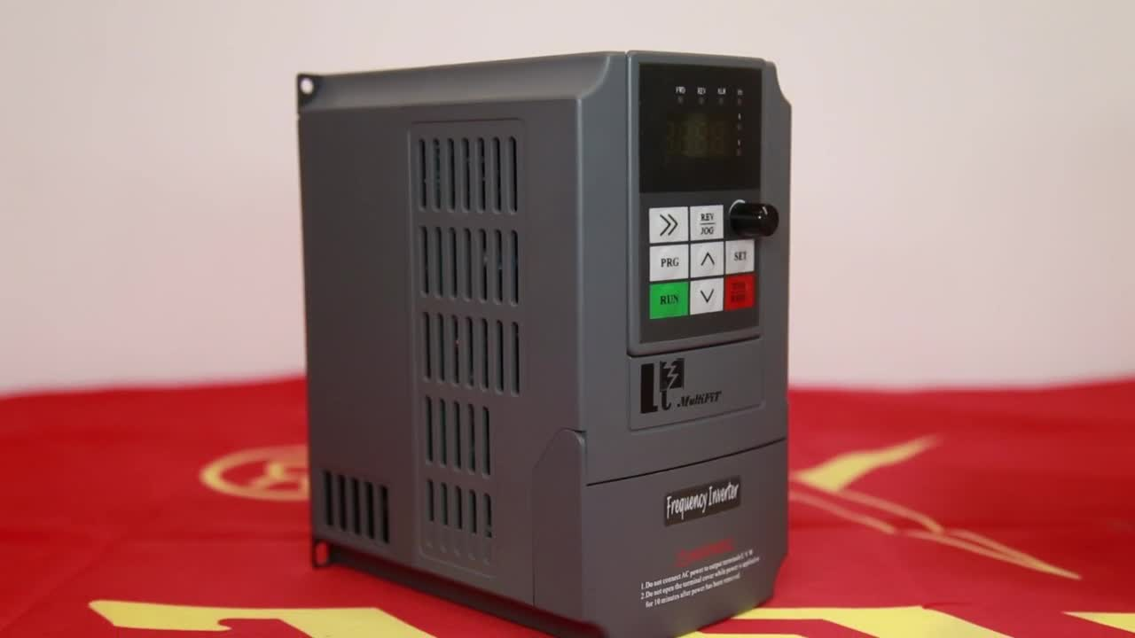 10 years china Supplier 1HP 2HP 3HP mppt function solar pump system inverter solar water pump controller