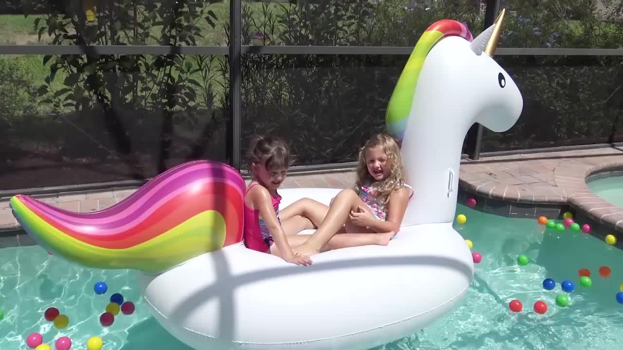 Oversized Eenhoorn Drijvende Rij Pvc Water Party 6 Mensen Mount Regenboog Pegasus Drijvende Drijvende Eiland Op Het Water