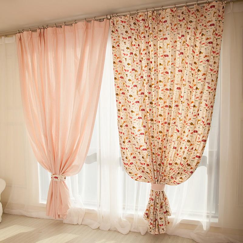 卡通窗帘儿童房