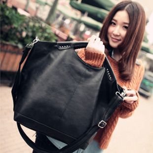 2014 new European tidal range of retro handbags Mobile Messenger bag dual-use package PU women's casual bag big bag women