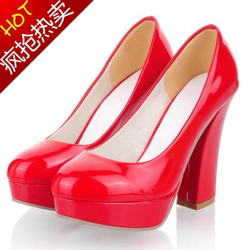 2013新款韩版超高跟女单鞋春夏粗跟防水台圆头漆皮婚鞋大红新娘鞋