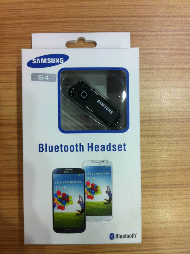 Bluetooth Гарнитура Samsung  I9500 Iphone HTC