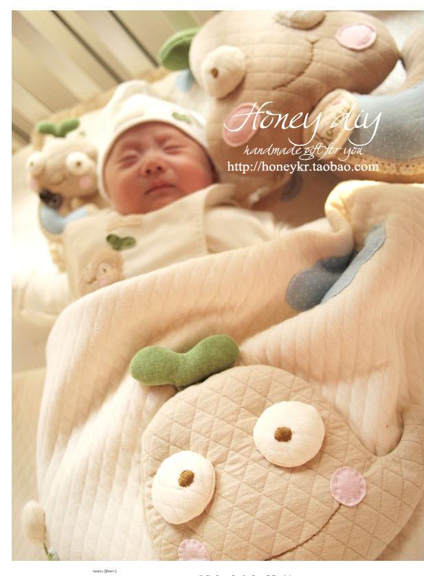 Детское покрывало для кровати Honey diy  2013