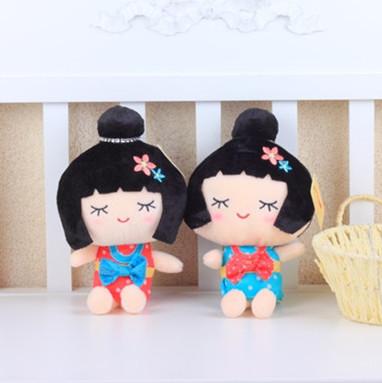 毛绒玩具小公仔 日本女孩布娃娃 带吸盘汽车挂件 公司活动小礼品