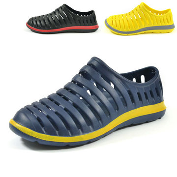 New men's summer all-inclusive Sandals hole shoes garden shoes flat shoes breathable beach