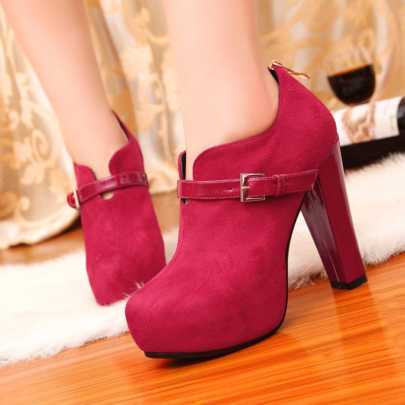 2013韩版新品皮带扣结婚季潮流大红短靴单裸靴罗马高跟婚鞋马丁靴女鞋子