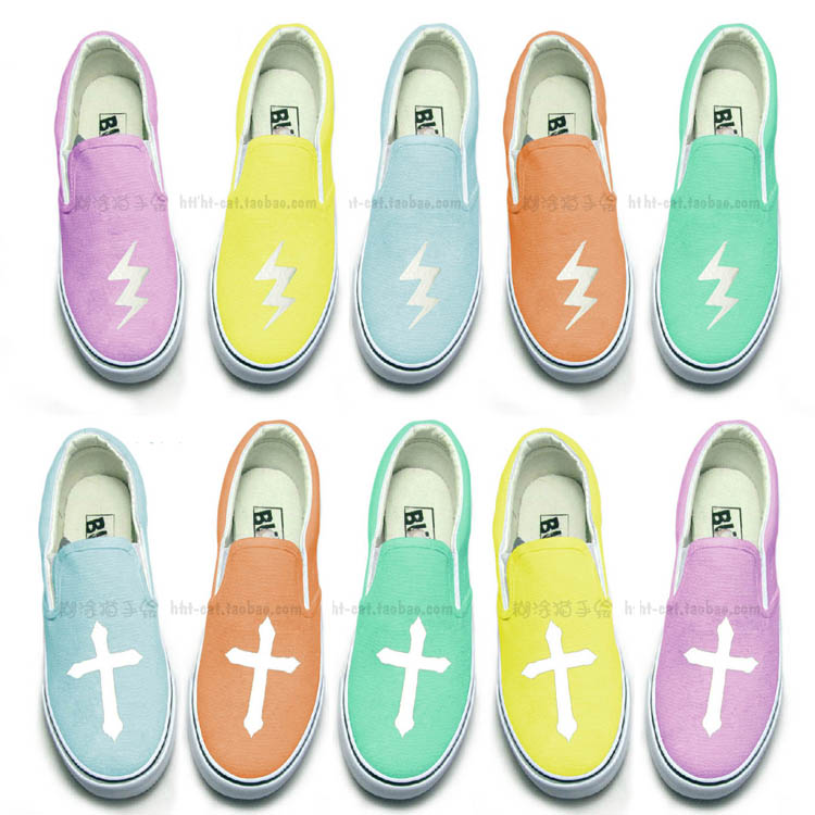 Small fresh spike Harajuku style zipper cream-colored canvas shoes hand-painted shoes, casual couple Lightning Cross