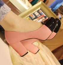 Retro high-heel fashion shoes in Spring