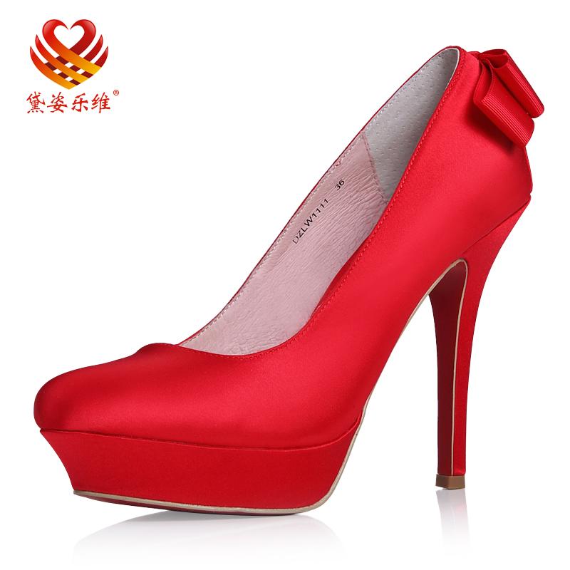 新款新娘鞋高跟婚鞋女红色高跟鞋香槟色黑色结婚鞋子单鞋秋季韩版