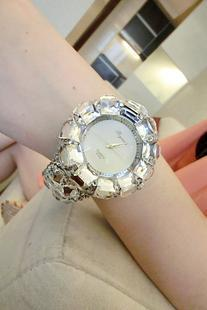 Love Mission recommended 12.12 Korean magazine article diamond rhinestone leather belt decorated female table full of diamond watches, diamond flash