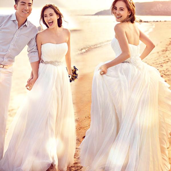 Abito Matrimonio Spiaggia Matrimonio Sulla Spiaggia