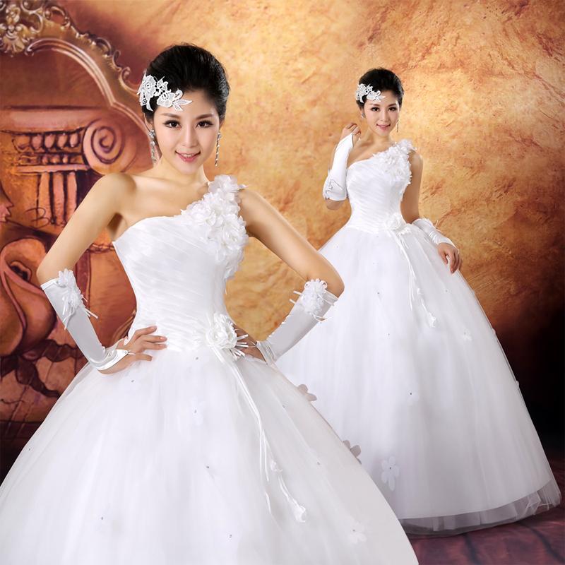 婚纱礼服 新款2013韩版甜美公主齐地婚纱新娘花朵斜肩绑带款婚纱