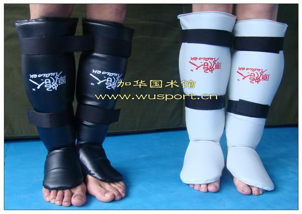 Форма для каратэ Ruaisen очень верно каратэ Син колодки, что тайский бокс голени охранников защищать подъем комбинаций в реальных действиях в Санда пленки