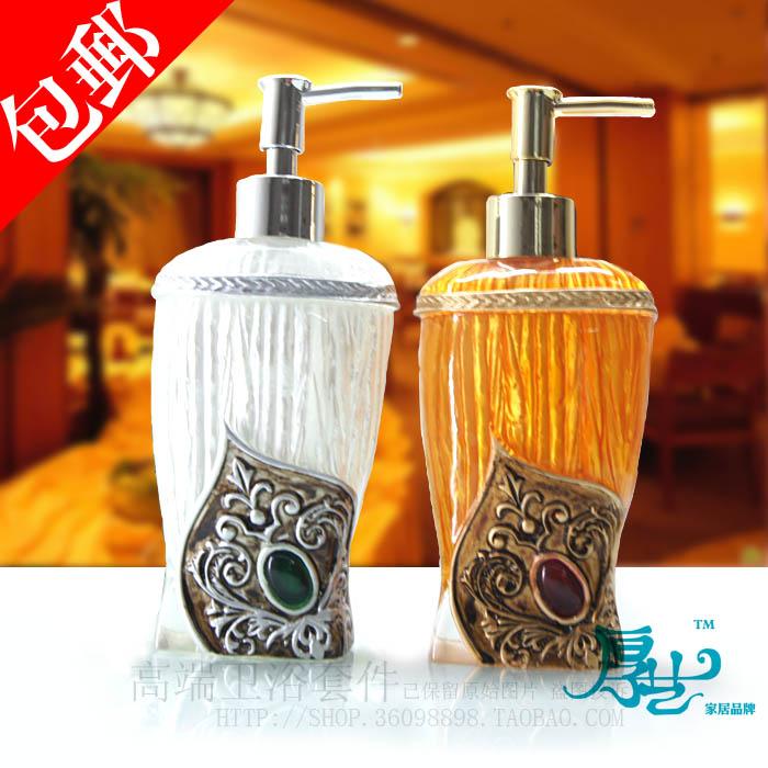 Дозатор для жидкого мыла Thickness art 001