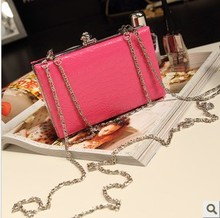 Korean version of the 2013 new retro candy colored chain bag clutch cosmetic bag mobile phone bag purse packet Female bag