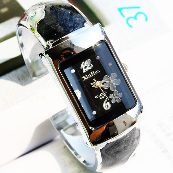Часы Bracelet watch 152904 Кварцевые часы Женские Китай 2012