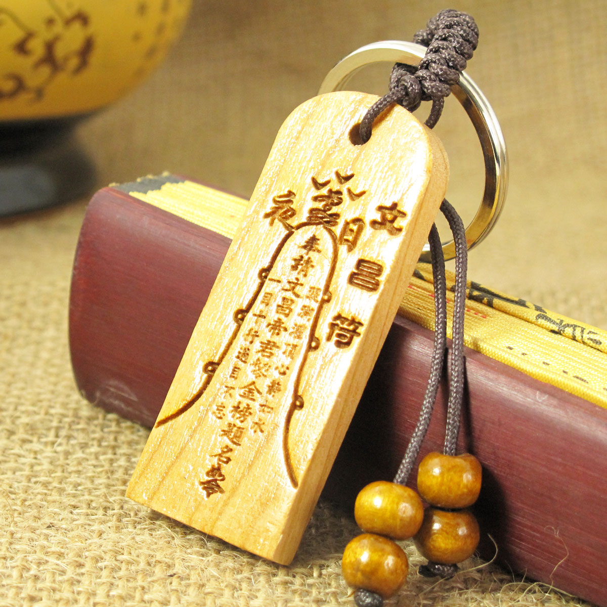 Деревянная резная фигурка Feng Shui Court 8951 Разные