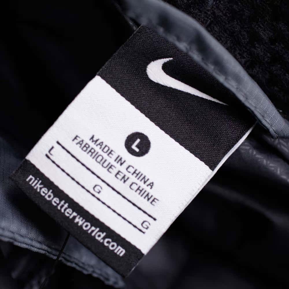 Спортивный пуховик Nike 506782/064 2012 506782-064 Для мужчин 90 серый утиный пух Разное Для спорта и отдыха Логотип бренда % Молния
