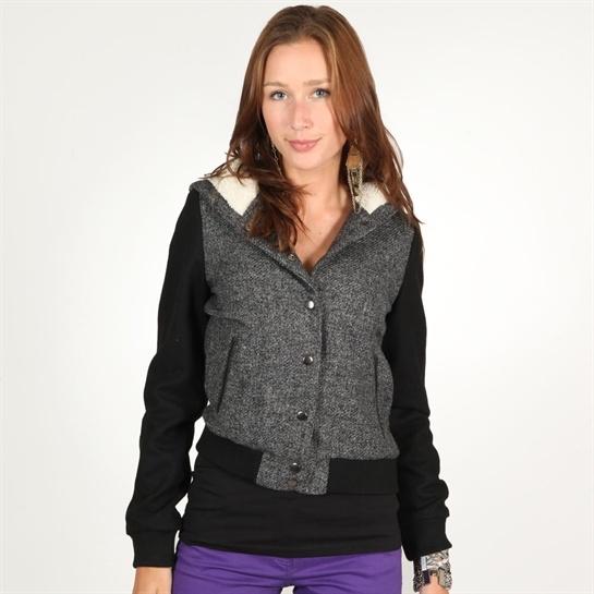 женское пальто 066AB911