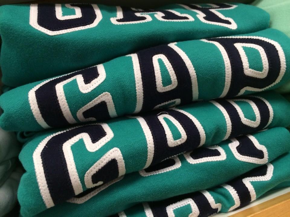 Цвет: 13. темно-зеленый с черным логотипом