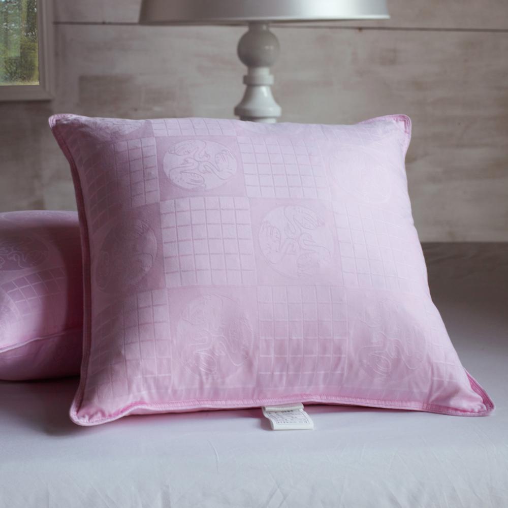 Цвет: Жаккардовые розовый Лебедь