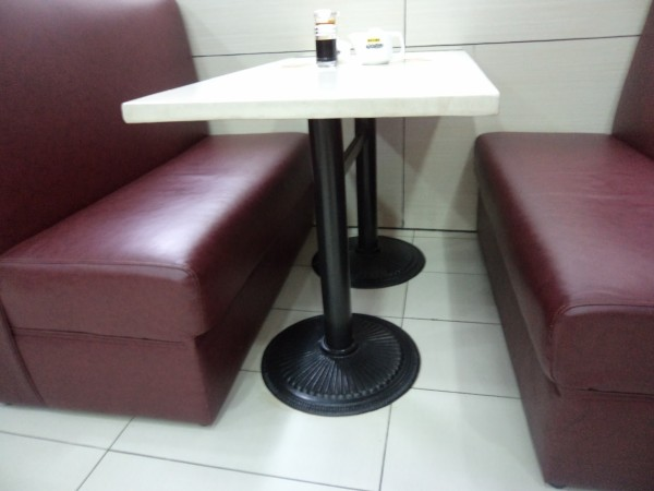 Мягкая мебель для ресторанов Фабрика фирменный кофе магазин диваны стенд. Диваны магазин чая. KFC диван мягкая упаковка