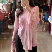 韩国女装春秋时尚性感上衣水粉色露肩开叉不规则宽松长袖T恤