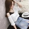 女装韩范蕾丝拼接V领上衣露肩白色半截袖T恤女五分袖洋气小衫