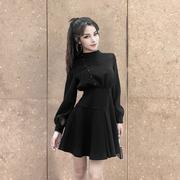 赫本小黑裙秋冬连衣裙短裙a字高腰复古显瘦冷淡风打底蓬蓬裙长袖