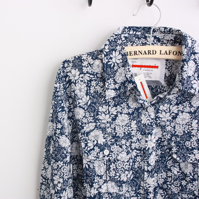 женская рубашка Распродажа товаров неприятие диких сине бело-шаблон тонкий хлопок рубашки Городской стиль Длинный рукав Рисунок в цветочек