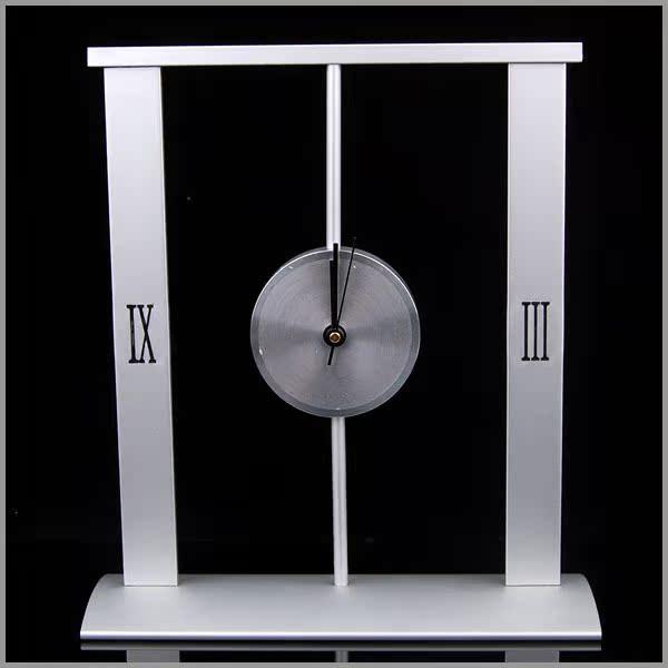 家居装饰品铁艺工艺品办公室书房摆件创意礼品 铝制钟表个性摆设