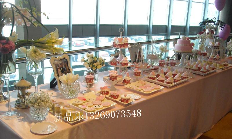 粉色甜品台5 北京婚礼派对生日宴会capcake纸杯马卡龙图片