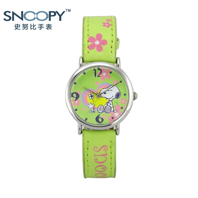 儿童手表男孩女孩 史努比卡通可爱防水进口机芯学生新款手表正品