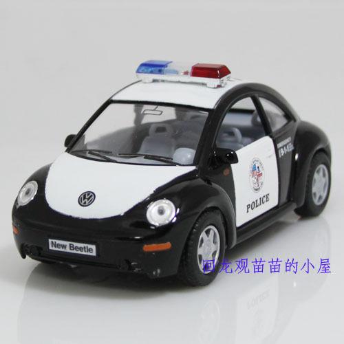 Модель машины 合金 1:32 甲壳虫警车汽车模型玩具 2开门 回力 车标