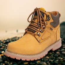 Autumn new youth men's shoes DaTouXie outdoor work boots high help old yellow goose bottom shoes 43 yards