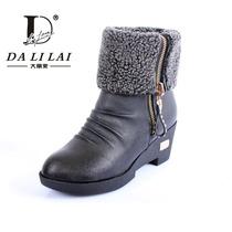 2012年冬季新款女短靴防水台PU靴子欧美潮流骑士靴雪地靴单靴女鞋