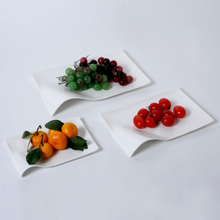 Snow pure handmade origami Maener bone China snack plate creative gift kitchen supplies-mail