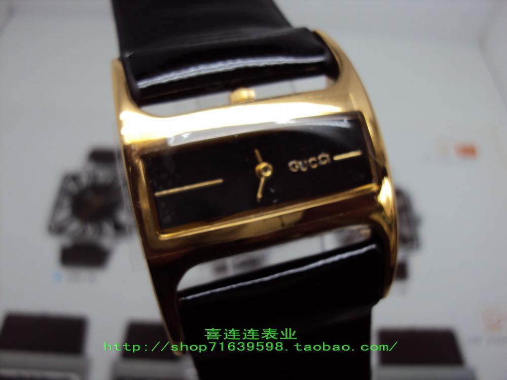 Часы Guess Кварцевые часы Женские 2011
