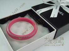 Europeos y americanos grandes CHANEL Chanel pulsera de acrílico melocotón con modelos multi-color de los modelos de prestación de embalaje en general