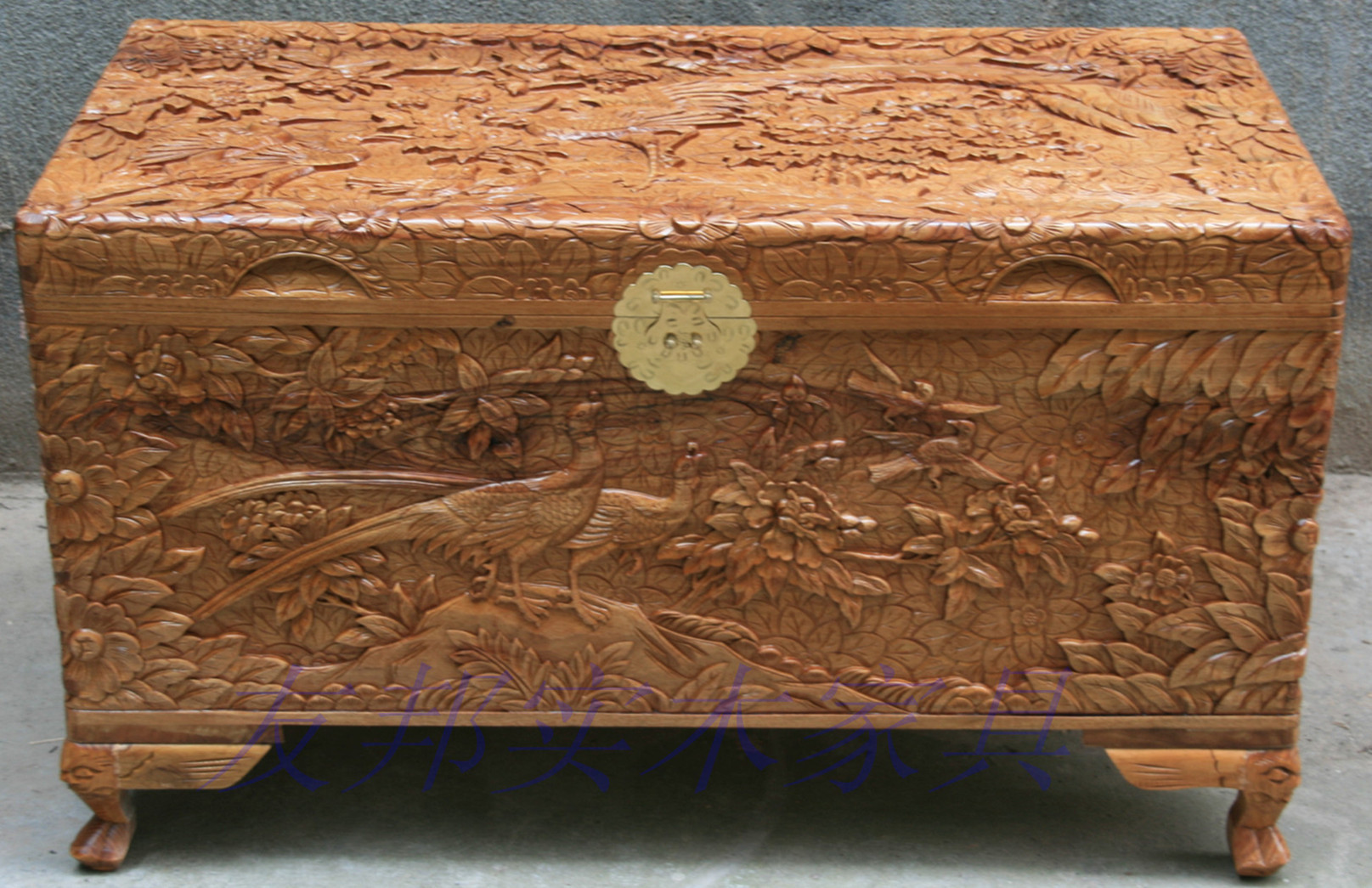 Dongyang Woodcarving Pure Hand Carved Wood Box Suitcase Bainiaozhaofeng Camphor Wood Furniture