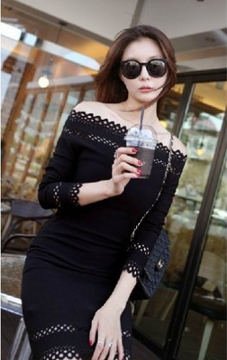 2014 chun xia South Korea bought Europe stand sexy hollow out a word shoulder brought the spring/summer outfit that show a shoulder long-sleeved dress