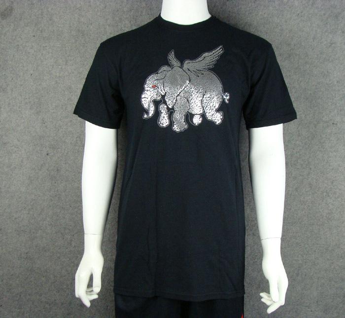 Спортивная футболка Nike air jordan 383896/010 Стандартный О-вырез Короткие рукава ( ≧35cm ) 100 хлопок Спорт на открытом воздухе Влагопоглощающие, Быстросохнущие, Ультралегкие, Воздухопроницаемые, Светоотражающая % Логотип бренда, Рисунок, Надпись, Офсетная печать