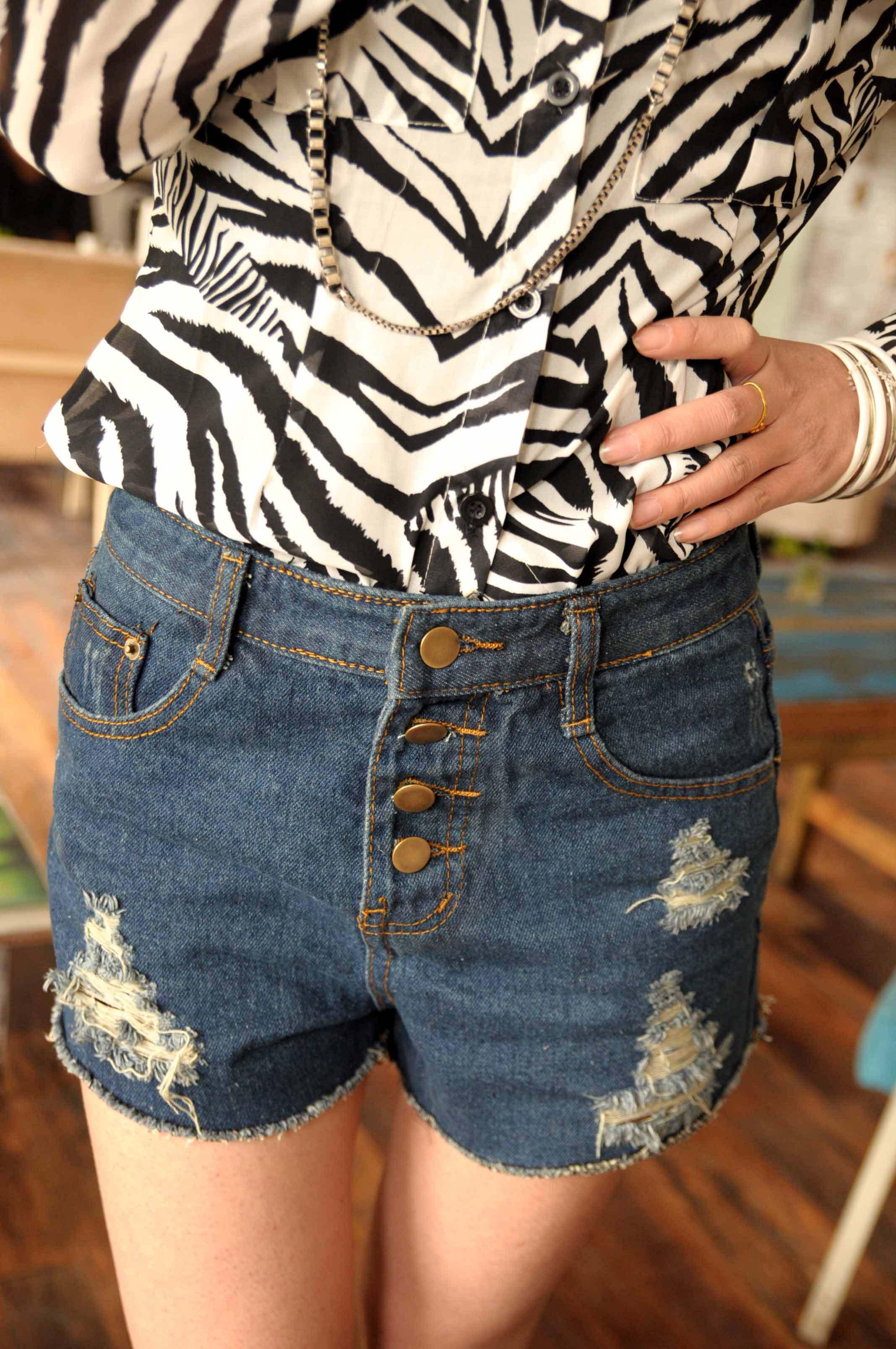 Женские брюки 806a581 p45 2011 Шорты, мини-шорты Другая форма брюк