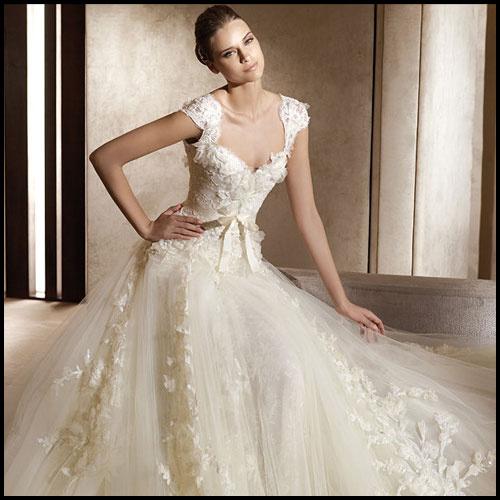 婚纱礼服 2013最新款韩版 优雅蕾丝吊带新娘装结婚长拖尾12192