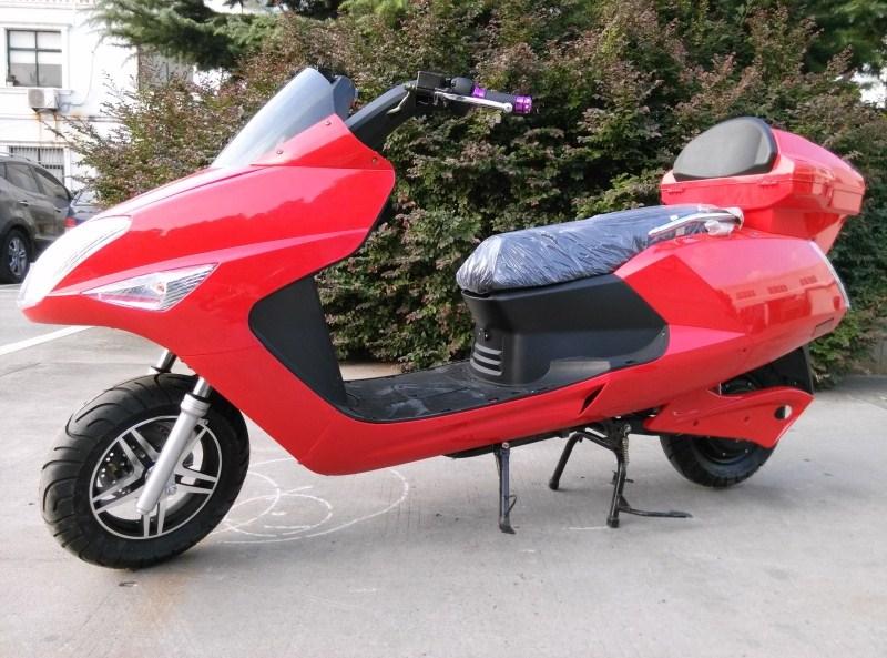 2013新款摩托车跑车_2013特价秒杀领航者电摩48V前碟后鼓冲钻电动摩托踏板电瓶车 清仓