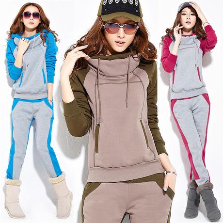 Спортивный костюм Adidas 98119 Женские Длинные рукава (рукава ≧ 58см) Воротник с капюшоном Брюки ( длинные ) Для спорта и отдыха Логотип бренда