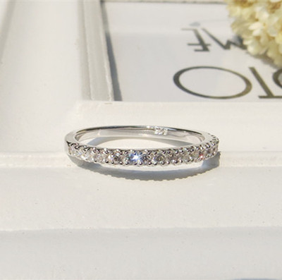 Ms. 1.5MM row diamond ring 925 sterling silver diamond pieces pinkie tail ring female models 18K rose