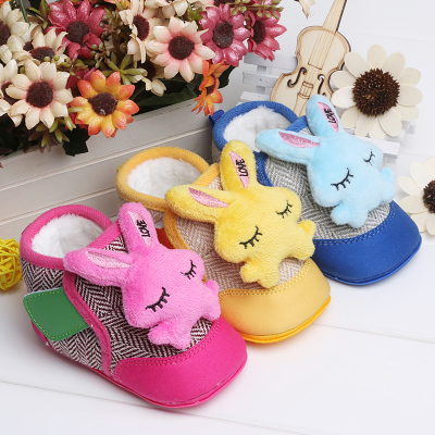 Winter models padded baby toddler shoes soft bottom 0-2 years of age, the baby cartoon baby cotton padded shoes plus velvet warm boots