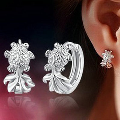 Genuine Sterling Silver Earrings Korean version cute little gold earrings are not allergic to fish earring jewelry free shipping