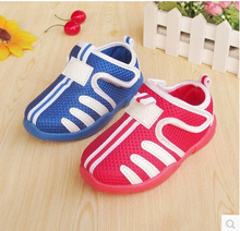 In the spring of 2015 small 1-2-3 - year - old male and female children's shoes Fabric is breathable baby toddler shoes Baby trainers